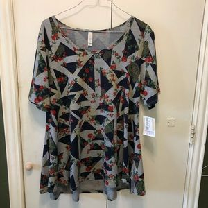 LuLaRoe 2xl Perfect T